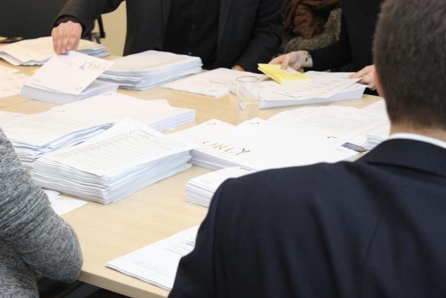 Wysyłka kart do głosowania/materiały PwC